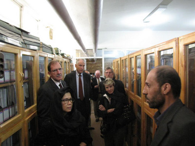 Asia Foundation delegation visits ACKU stacks
